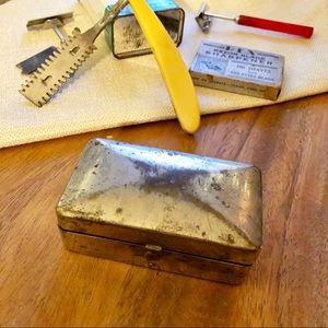 Vtg GEM metal razor tin case w/out razor, display